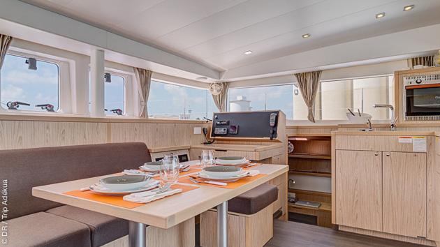 Un catamaran grand luxe pour votre croisière dans les Cyclades