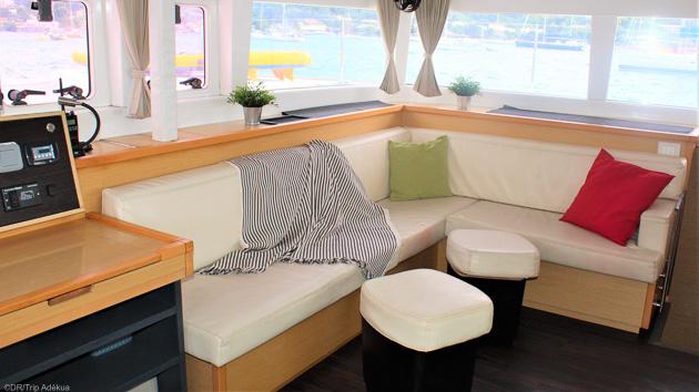 Un catamaran grand confort avec 4 cabines pour profiter de vos vacances